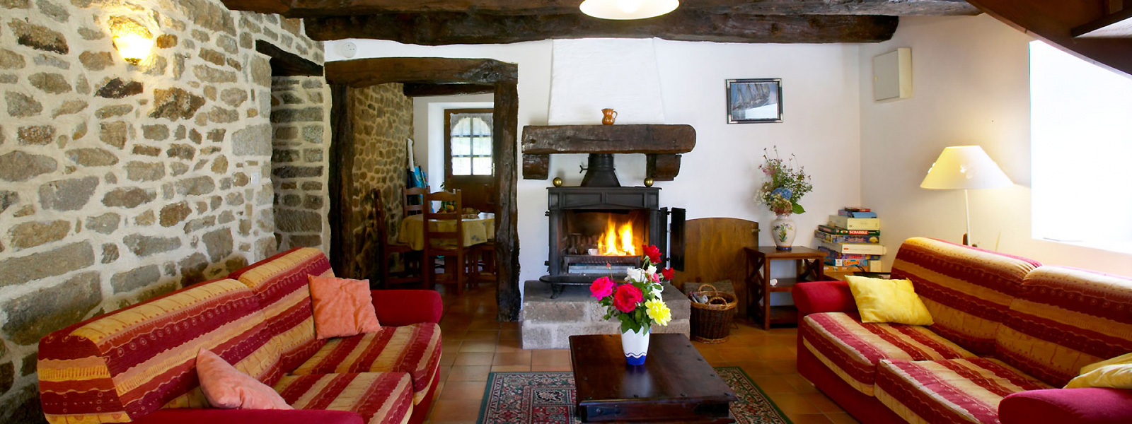 https://www.selectcottages.com/sites/default/files/revslider/image/lagarenne-interior-fire.jpg
