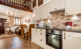 Hardknott Romantic one bedroom Lake District cottage