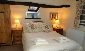 Wrynose romantic Lake District cottage for 2