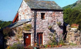 Stanley Ghyll one bedroom cottage in the Lake District