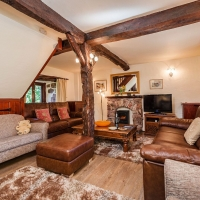 Scafell spacious Lounge with new Italian Leather Sofas